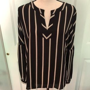 Excellent Condition Loft Blouse